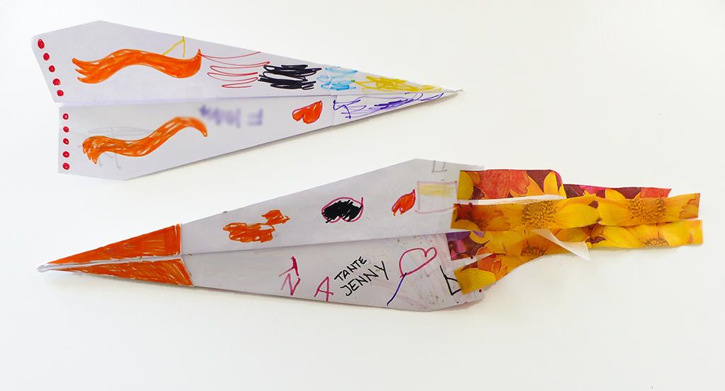 Papierflieger mit Turboantrieb