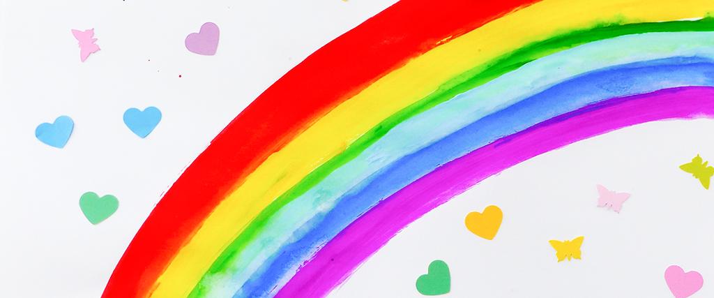 Regenbogenbaby im Bauch