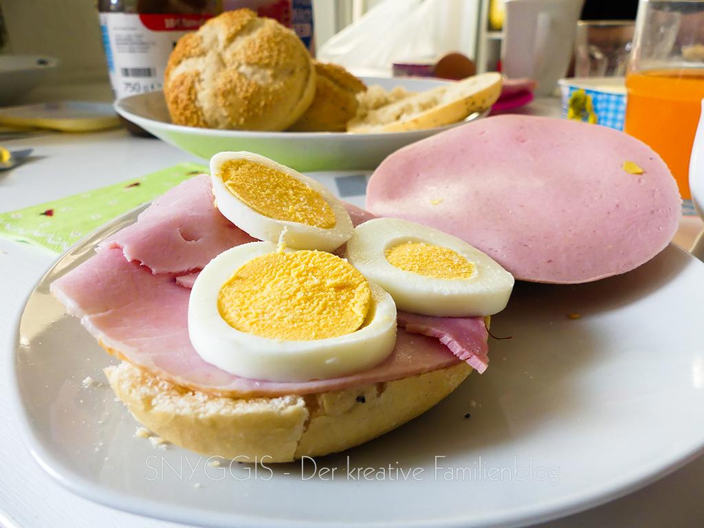 Sonntag Frühstück