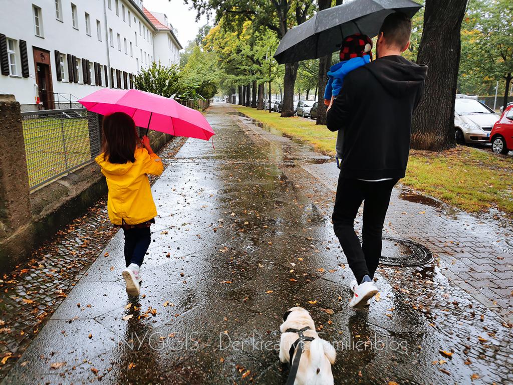 bei-Regen-rüber-zu-Oma-und-Opa